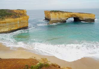 The Great Ocean Road is just 10 minutes drive from Elm Tree Motel.