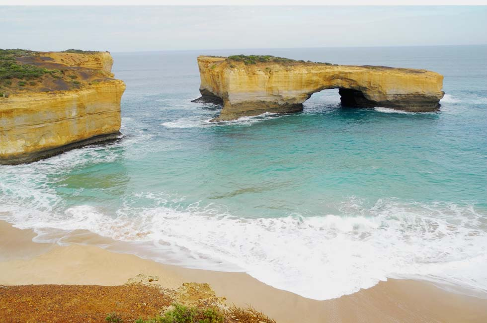 The Great Ocean Road is just 10 minutes drive from Elm Tree Motel. - Warrnambool, Vic